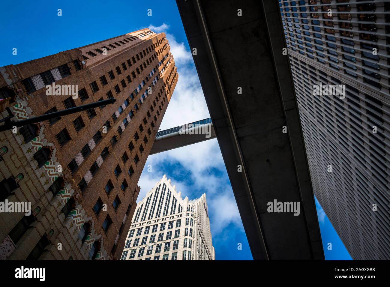 Ally Detroit Center, seen under the Detroit Skybridge, connecting the 16th floors of the Guardian Building and One Woodward, designed in 1976, Detroit Stock Photo