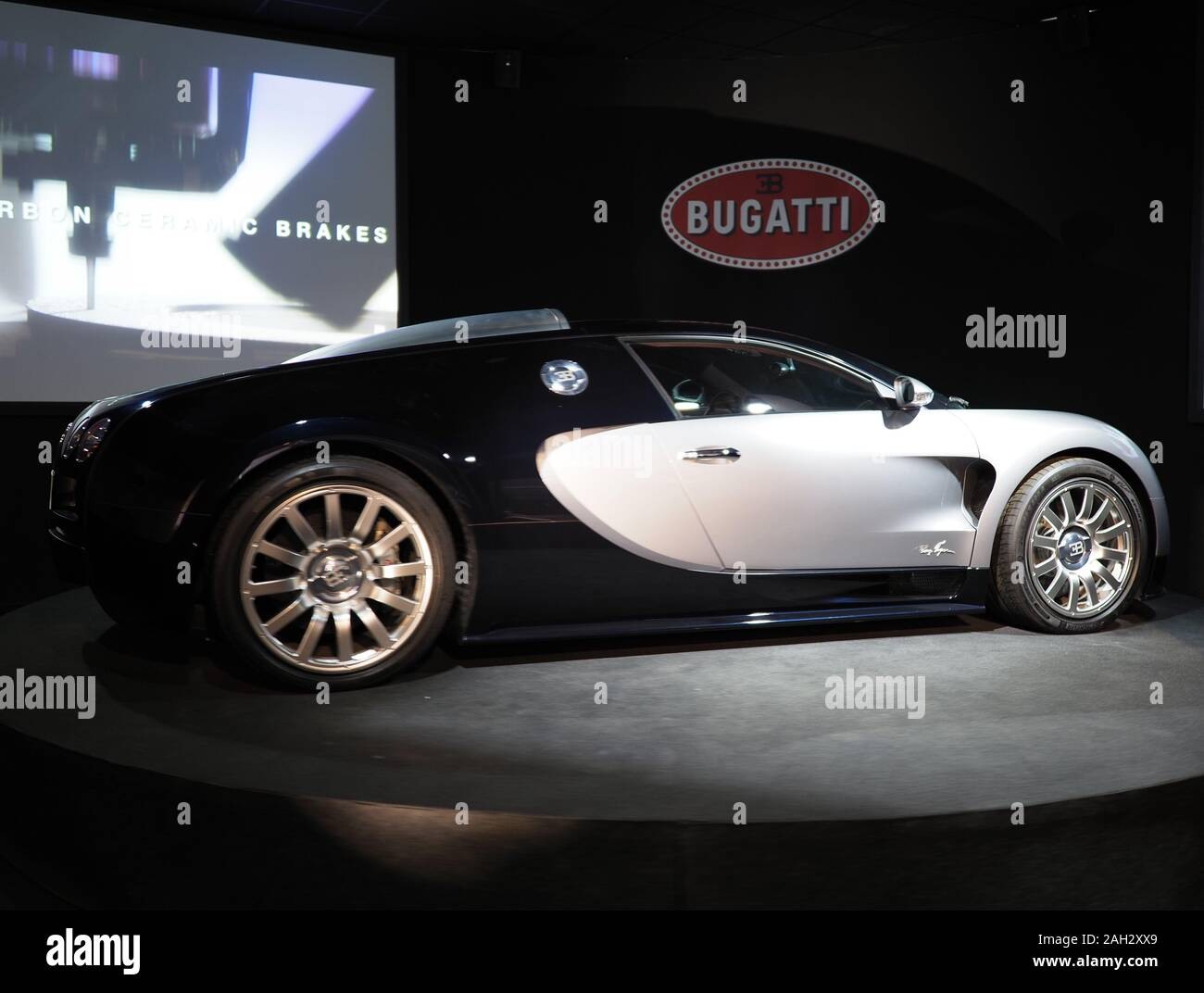 Bugatti Model Car High Resolution Stock Photography And Images Alamy