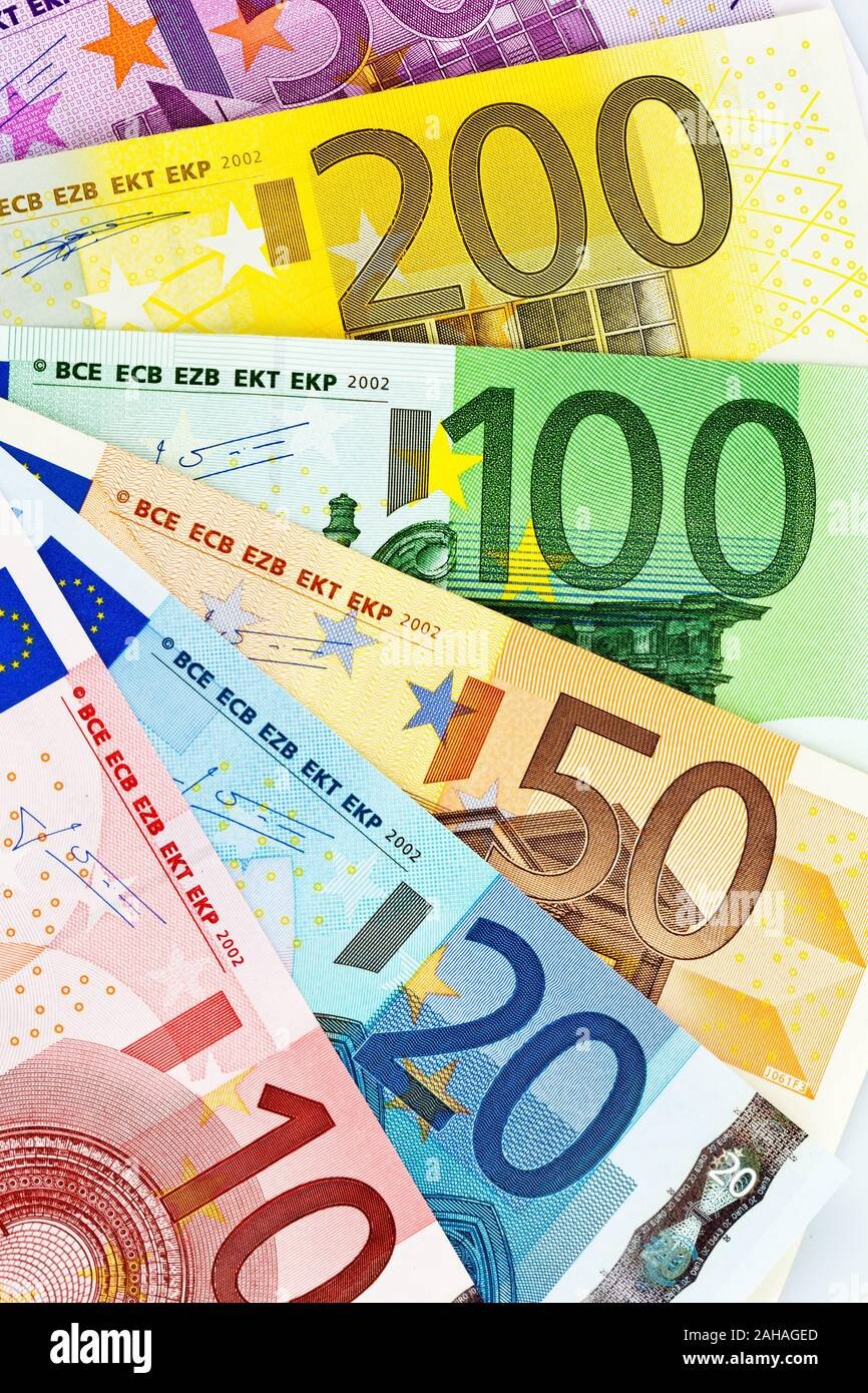 Viele verschiedene Euro-Banknoten, Symbolfoto für Reichtum und Geldanlage. Stock Photo