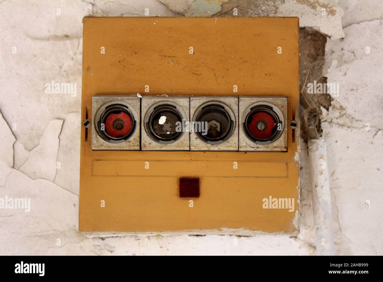 [DVZP_7254]   Old Fuses Fuse Box High Resolution Stock Photography and Images - Alamy | Outside Fuse Box Fuses Missing |  | Alamy