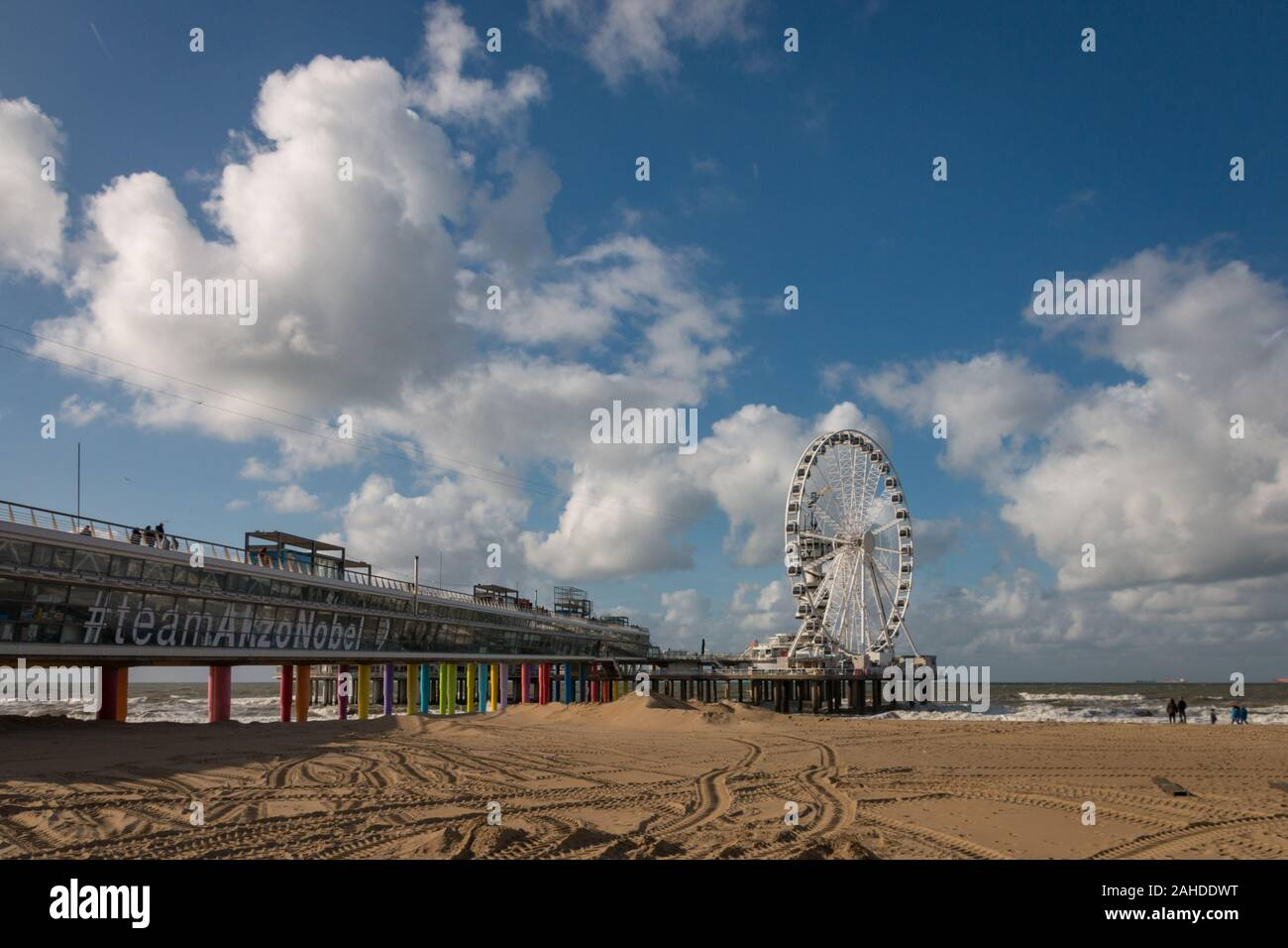 Scheveningen, the Netherlands - October 3, 2017: Pier of Scheveningen with ferris wheel and bungee tower seen from the right side Stock Photo