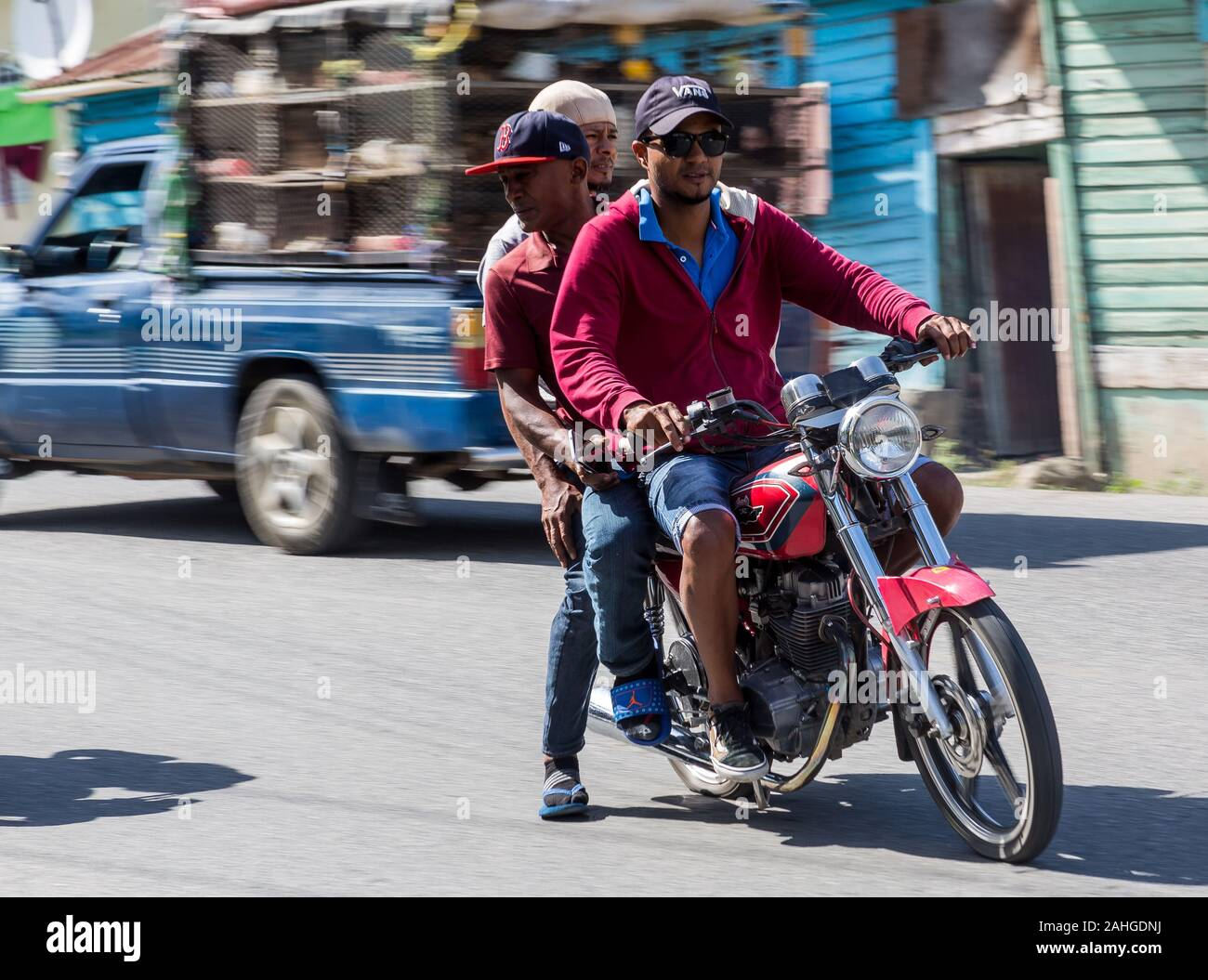 Dominican Men High Resolution Stock Photography And Images Alamy