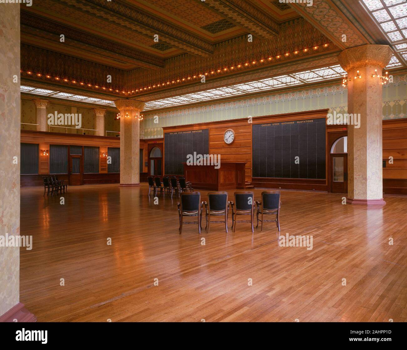 Double Height Space High Resolution Stock Photography And Images Alamy