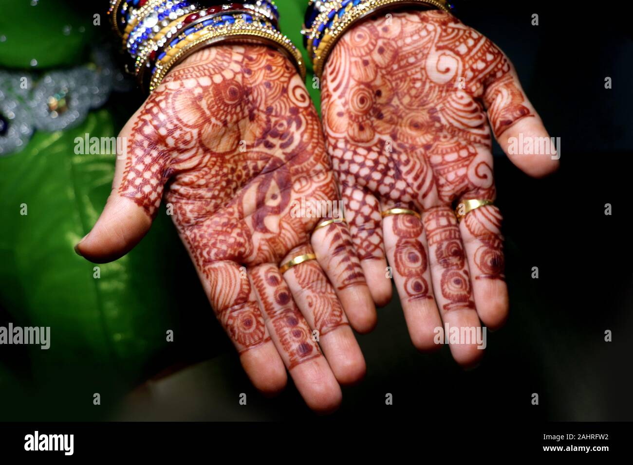 Mehndi Design High Resolution Stock Photography And Images Alamy
