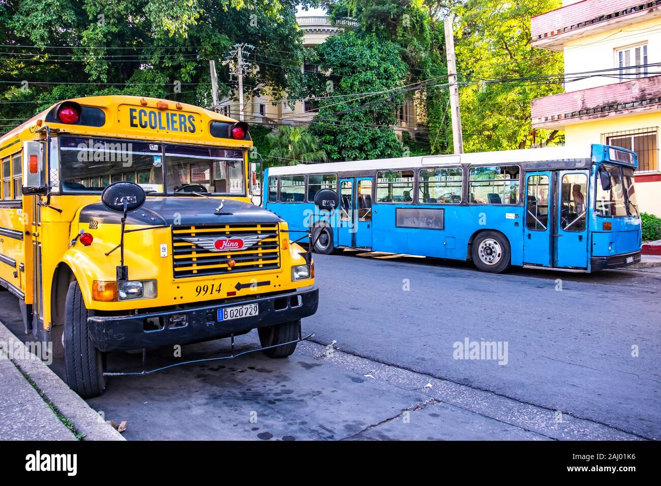 Old bus in the streets of Old Havana, Republic of Cuba, Caribbean, Central America. schoolbus in the streets of Old Havana, Republic of Cuba, Stock Photo