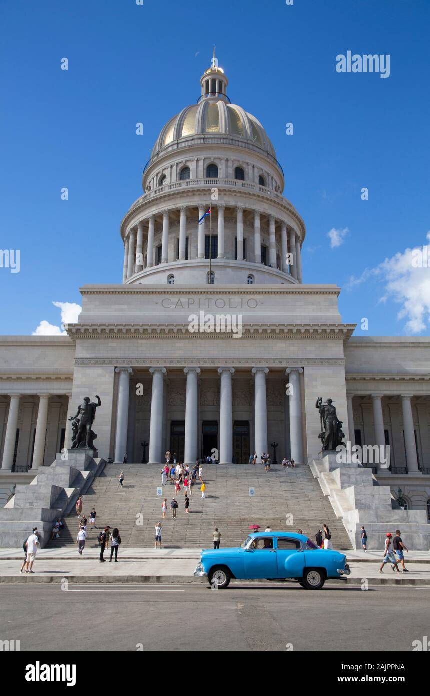 Capitol Building with Classic Old Car, Old Town, UNESCO World Heritage Site, Havana, Cuba Stock Photo