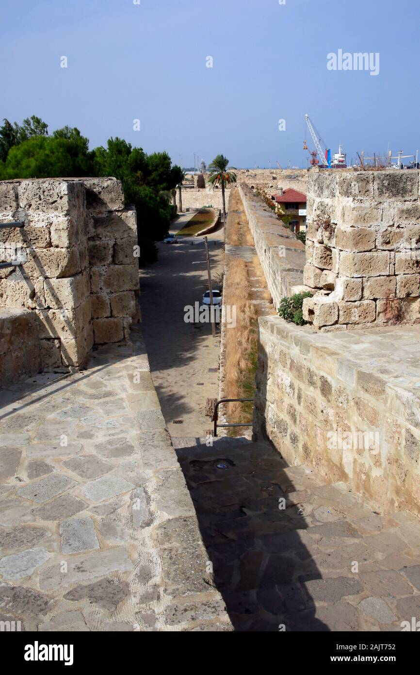 Blick vom Seetor, Teil der Venetianischen Stadtmauer, Famagusta, Türkische Republik Nordzypern Stock Photo
