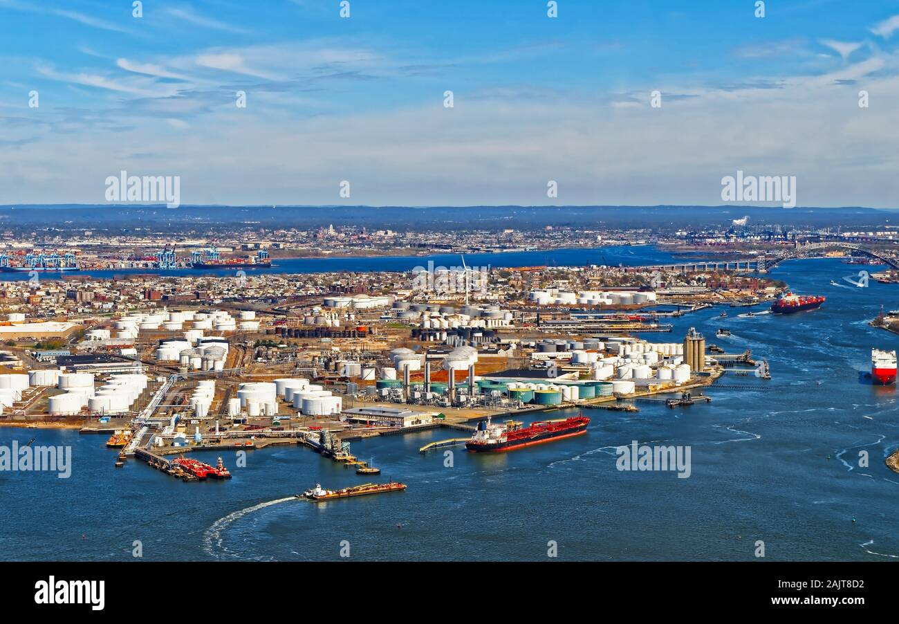 View of Port Newark and the MAERSK shipping containers in Bayonne reflex Stock Photo