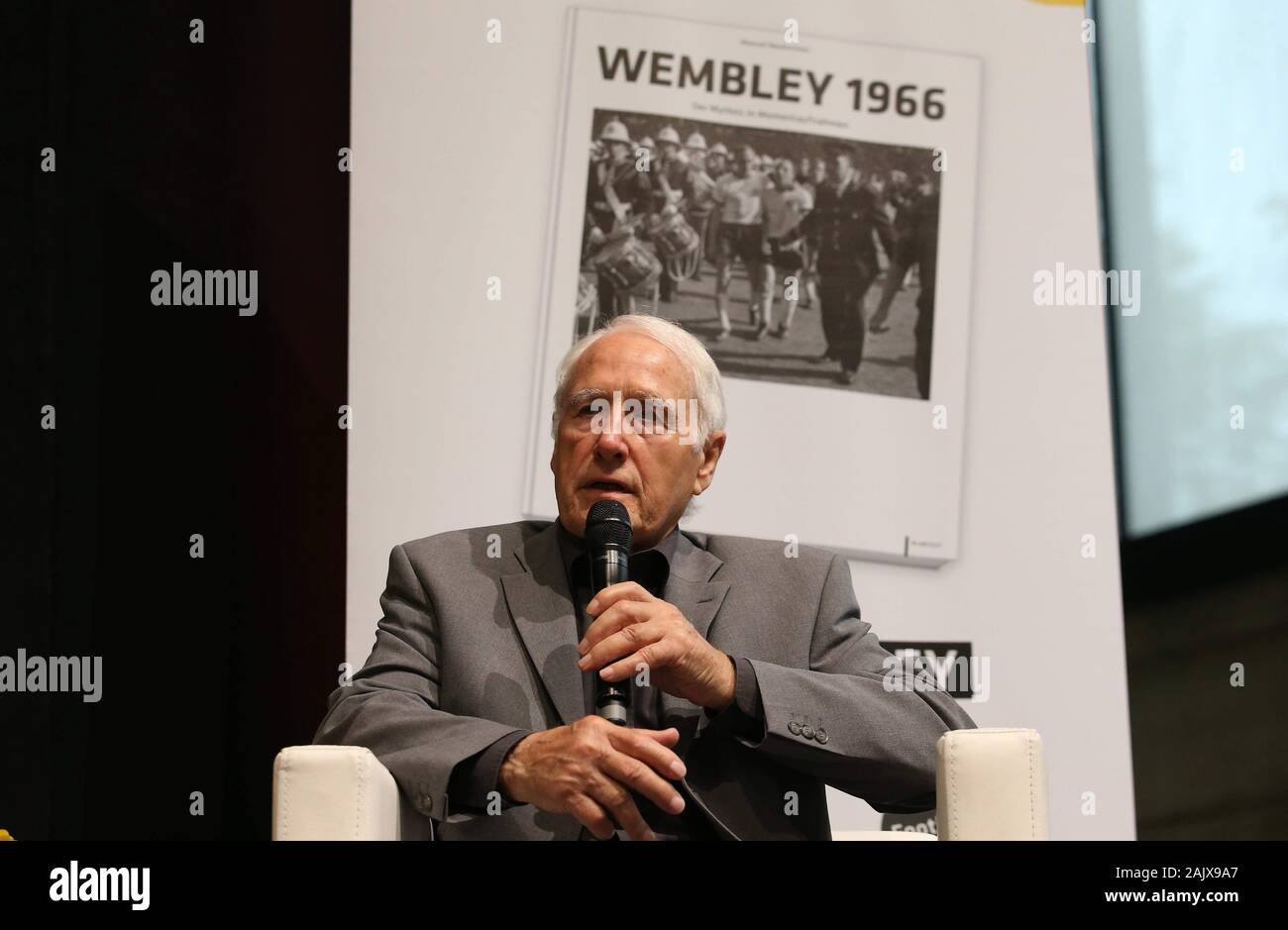 """firo: 07/31/2016 Football, Season German Football Museum DFM honors 50 years World Cup World Championship 1966 Vice with a special exhibition Hans Tilkowski The final of the 8th Football World Cup 1966 between England and Germany (4: 2 nV) has become a myth. The German Football Museum honored the unforgettable encounter with the legendary """"Wembley goal"""" for the anniversary with the special exhibition """"50 Years of Wembley - The Myth in Snapshots"""" (July 31, 2016 - January 15, 2017). Artistic media installations and partly unpublished photographs are shown.   usage worldwide Stock Photo"""