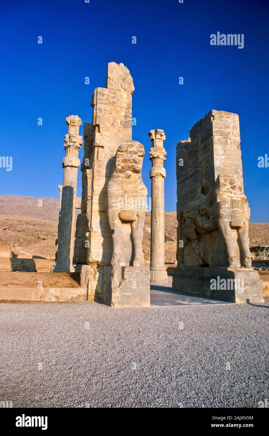 The Remains Of The Gate Of All Nations Persepolis The Former Capitol Of Persia Got Destroyed By Alexander The Great 330 Bc Stock Photo Alamy