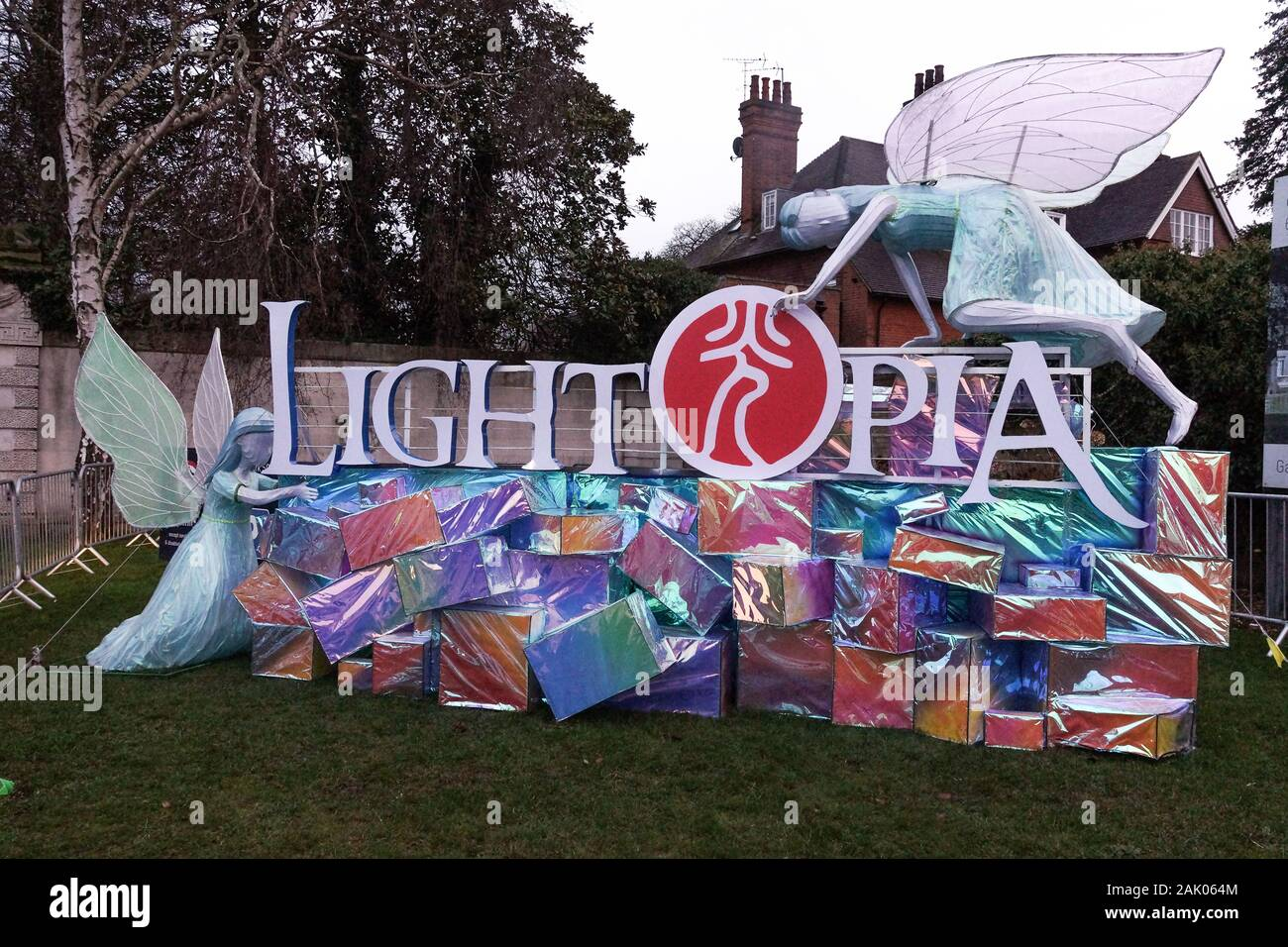 london uk 06th jan 2020 chiswick house prepares for lightopia festival due to open 22 january 2020 and will run until 01 march 2020 lightopia festival combines light displays water displays and acrobats credit peter hoganalamy live news 2AK064M - Lightopia Chiswick House And Gardens 22 January