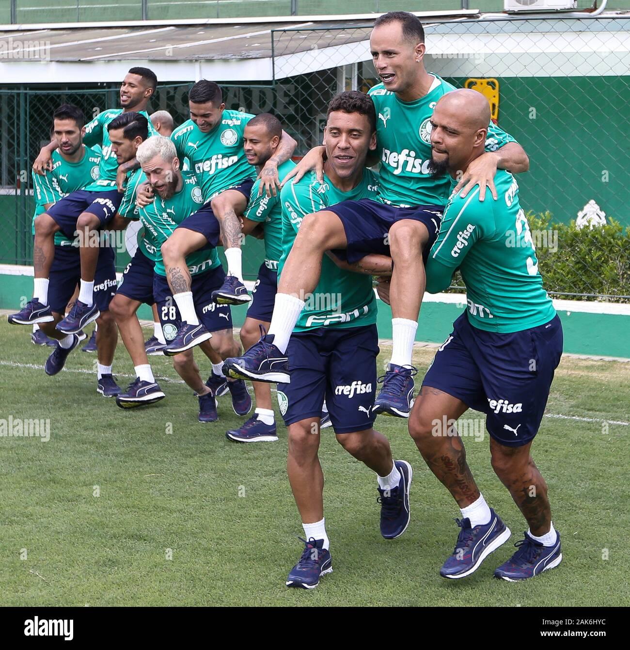 SÃO PAULO, SP - 07.01.2020: TREINO DO PALMEIRAS - The SE Palmeiras players during training at the Football Academy. (Photo: Cesar Greco/Fotoarena) Stock Photo