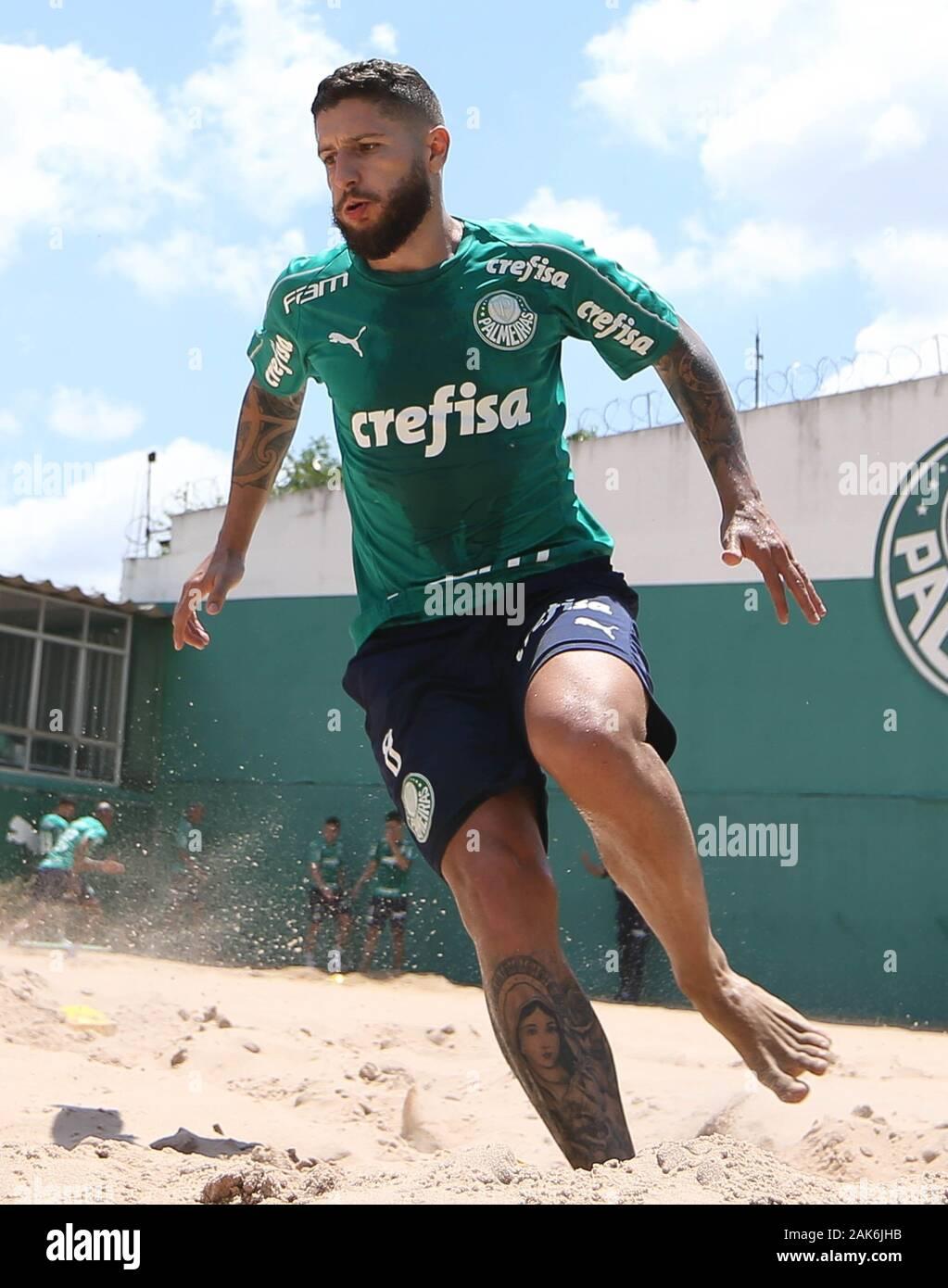 SÃO PAULO, SP - 07.01.2020: TREINO DO PALMEIRAS - Zé Rafael player, from SE Palmeiras, during training at the Football Academy. (Photo: Cesar Greco/Fotoarena) Stock Photo