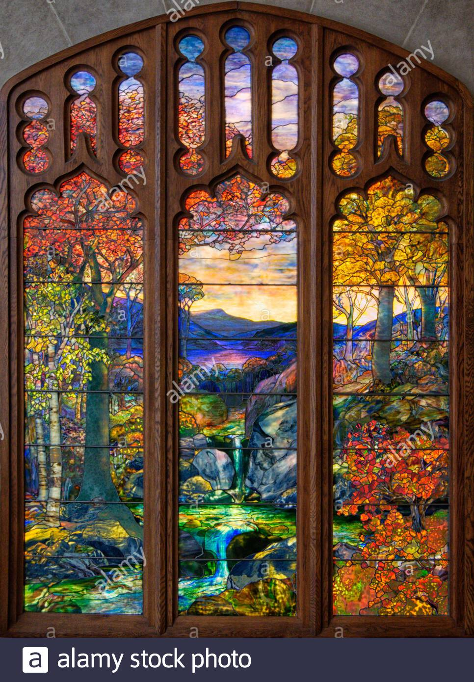 Louis Comfort Tiffany High Resolution Stock Photography And Images Alamy