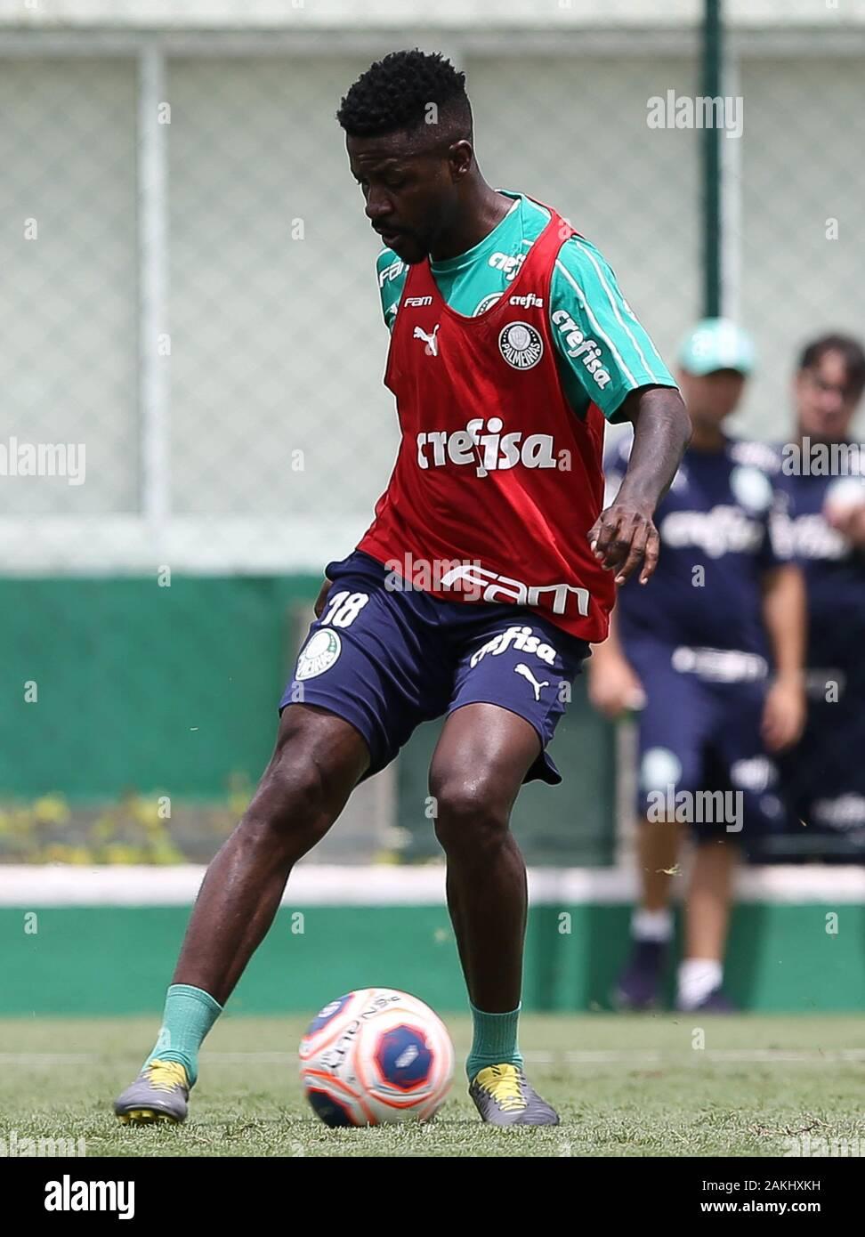 SÃO PAULO, SP - 09.01.2020: TREINO DO PALMEIRAS - Player Ramires of SE Palmeiras during training at the Football Academy. (Photo: Cesar Greco/Fotoarena) Stock Photo