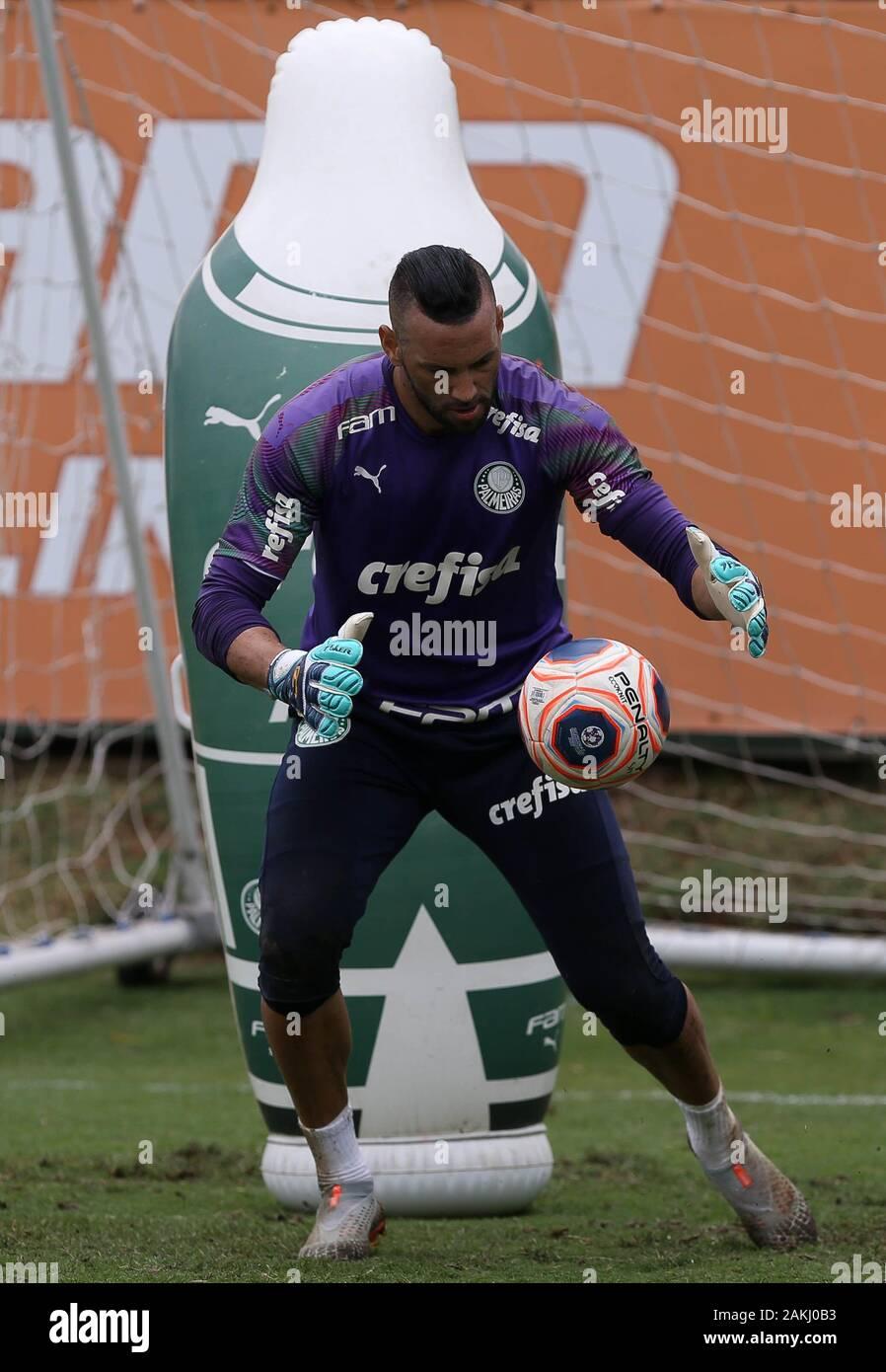SÃO PAULO, SP - 09.01.2020: TREINO DO PALMEIRAS - SE Palmeiras goalkeeper Weverton during training at the Football Academy. (Photo: Cesar Greco/Fotoarena) Stock Photo