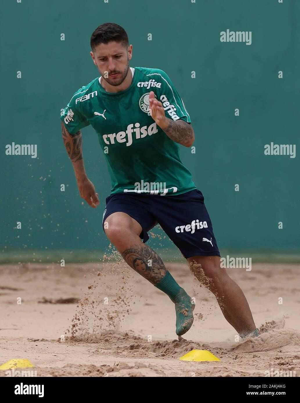 SÃO PAULO, SP - 09.01.2020: TREINO DO PALMEIRAS - Zé Rafael player, from SE Palmeiras, during training at the Football Academy. (Photo: Cesar Greco/Fotoarena) Stock Photo