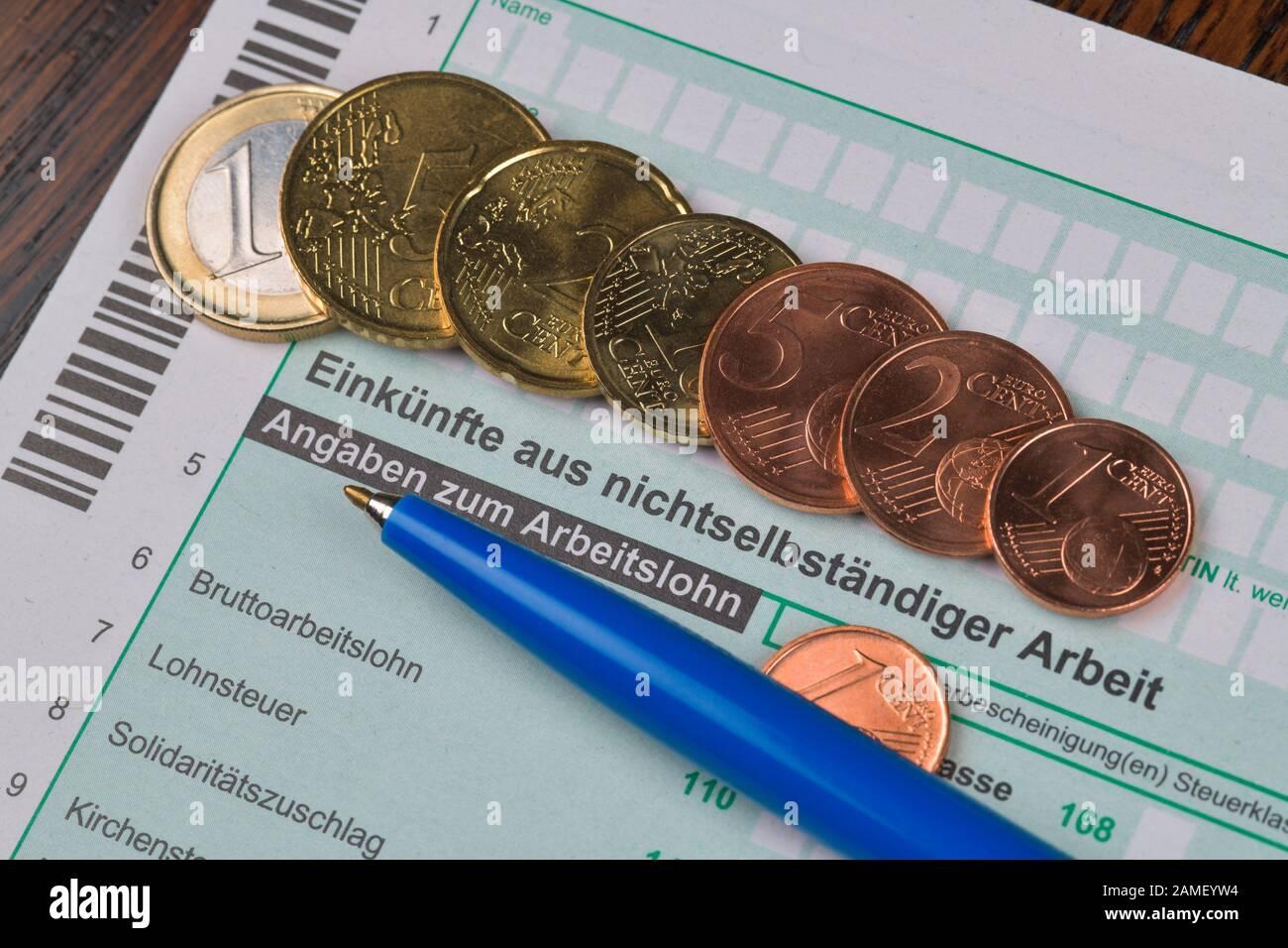 Einkünfte aus nichtselbständiger Arbeit, Formular N, Steuererklärung Stock Photo