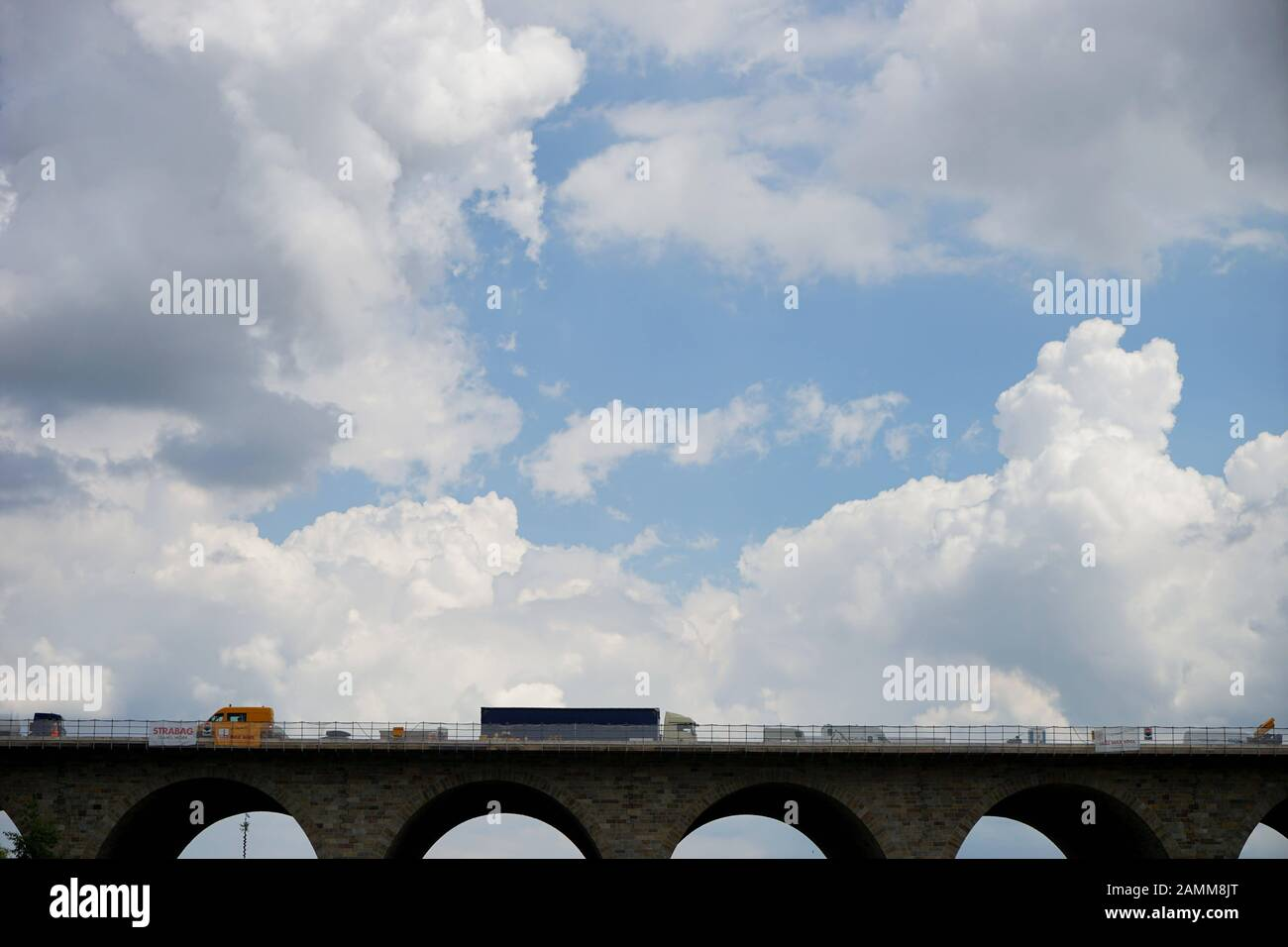 The listed Holledau motorway bridge spans a valley near Geisenhausen and crosses the A9 motorway. [automated translation] Stock Photo