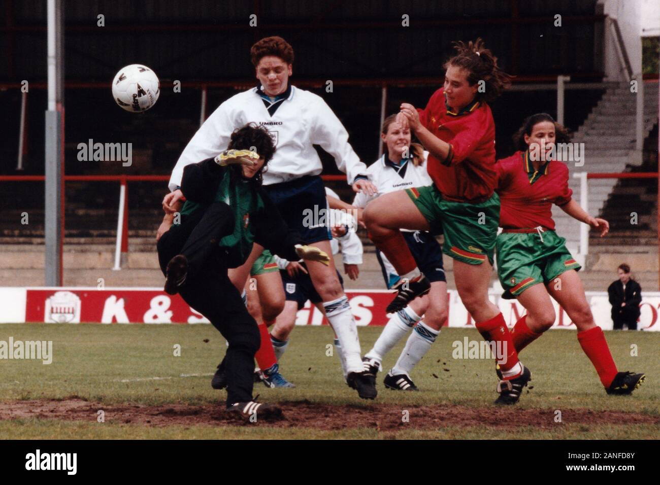 Kerry Davis of England scores a goal during England Women vs Portugal Women, European Championship Qualifying Football at Griffin Park, Brentford FC o Stock Photo