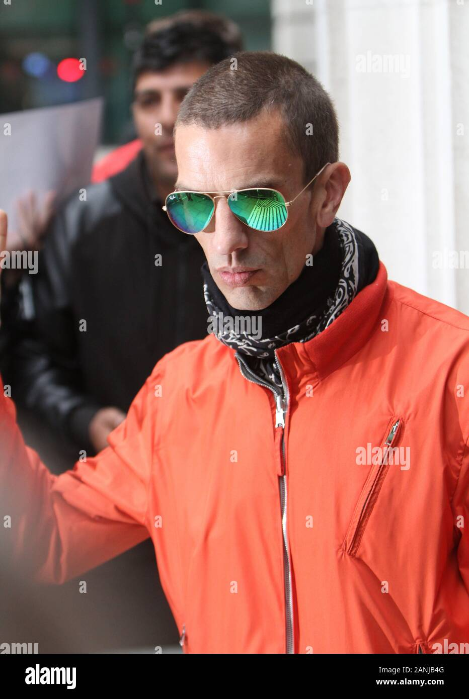 Richard Ashcroft Green Reflective RayBans Picturesd in London 20/05/2016  (credit image©Jack Ludlam) Stock Photo