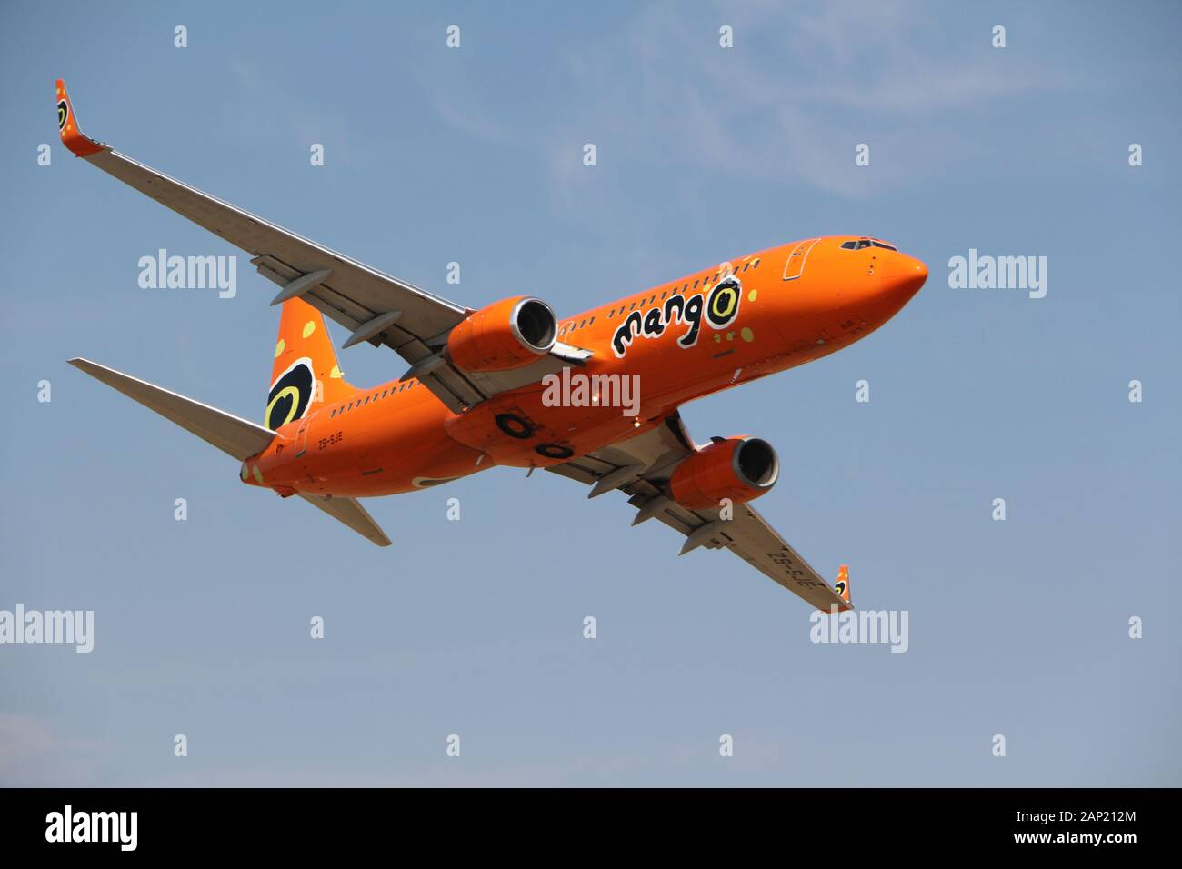 Mango Airlines High Resolution Stock Photography And Images Alamy