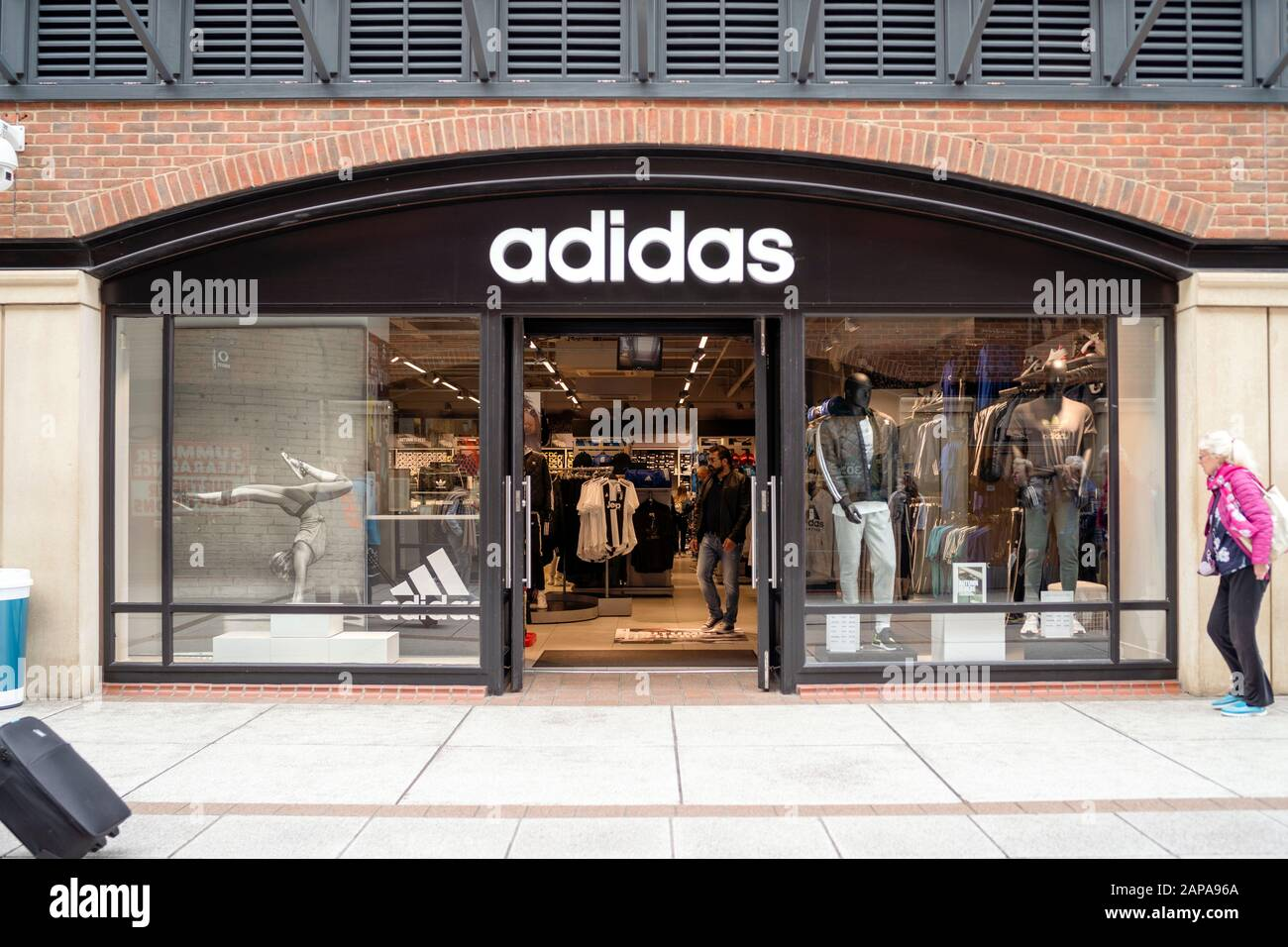 adidas showroom price