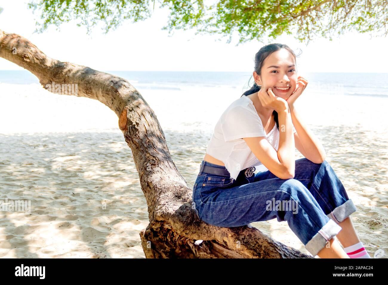 Girl tall asian Zhang Ziyu,