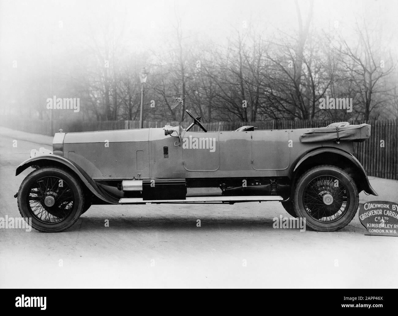 Vintage Rolls Royce Black and White Stock Photos & Images - Alamy