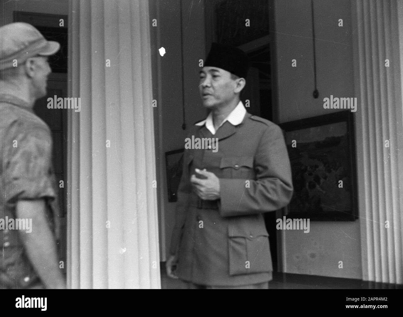 Capture Ir Soekarno Lieutenant Vosveld Reports To President Soekarno To Make This Announcement Of The Fact