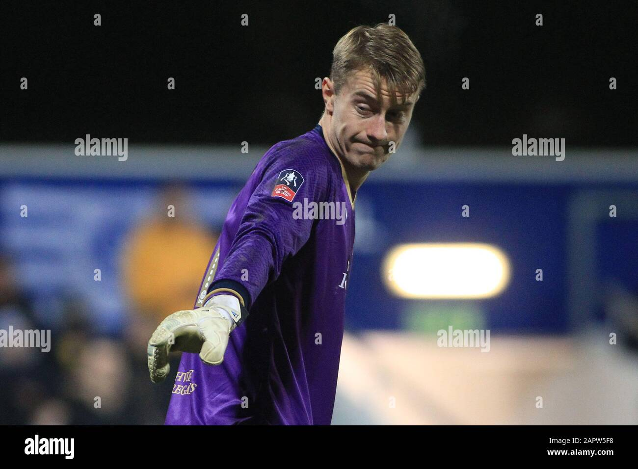 London, UK. 24th Jan, 2020. Joe Lumley, the goalkeeper of Queens Park Rangers in action. The Emirates FA Cup, 4th round match, Queens Park Rangers v Sheffield Wednesday at The Kiyan Prince Foundation Stadium, Loftus Road in London on Friday 24th January 2020. this image may only be used for Editorial purposes. Editorial use only, license required for commercial use. No use in betting, games or a single club/league/player publications. pic by Steffan Bowen/Andrew Orchard sports photography/Alamy Live news Credit: Andrew Orchard sports photography/Alamy Live News Stock Photo