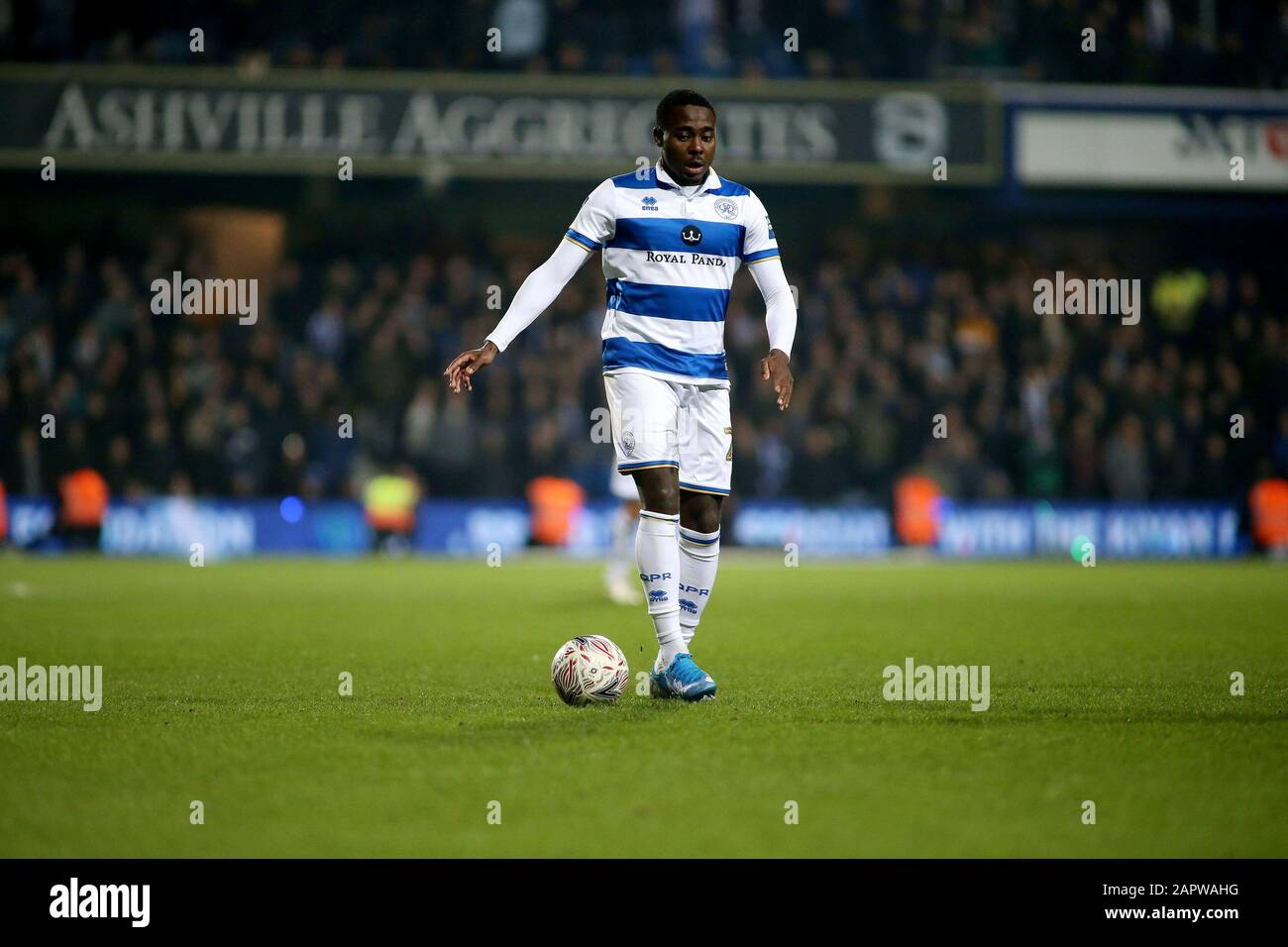 London, UK. 24th Jan, 2020. Bright Osayi-Samuel of Queens Park Rangers in action during The Emirates FA Cup, 4th round match, Queens Park Rangers v Sheffield Wednesday at The Kiyan Prince Foundation Stadium, Loftus Road in London on Friday 24th January 2020. this image may only be used for Editorial purposes. Editorial use only, license required for commercial use. No use in betting, games or a single club/league/player publications. pic by Tom Smeeth/Andrew Orchard sports photography/Alamy Live news Credit: Andrew Orchard sports photography/Alamy Live News Stock Photo