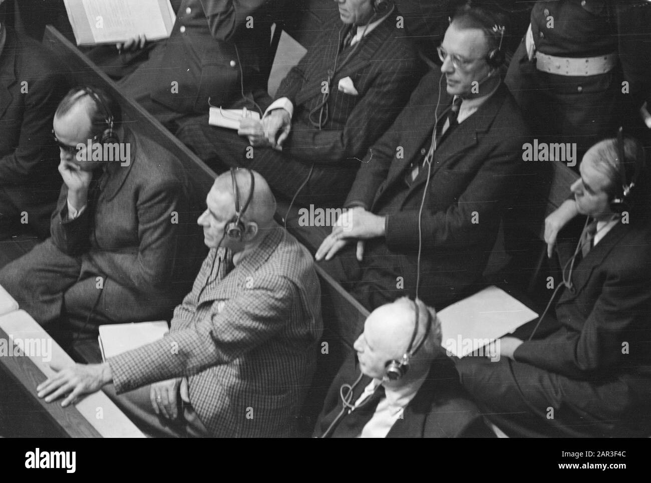 Process Nuremberg. Defended; with glasses Arthur Seyss-Inquart, right next to him Albert Speer Date: 4 December 1945 Location: Germany, Nuremberg Keywords: war criminals, trials, justice, World War II Personal name: Seyss-Inquart, Arthur, Spear, Albert Stock Photo