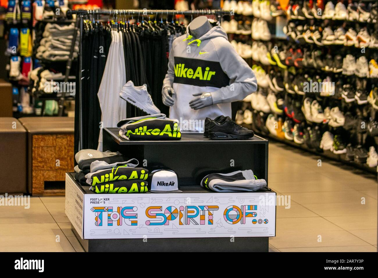 Perjudicial histórico Ejército  Nike Shoes Display High Resolution Stock Photography and Images - Alamy