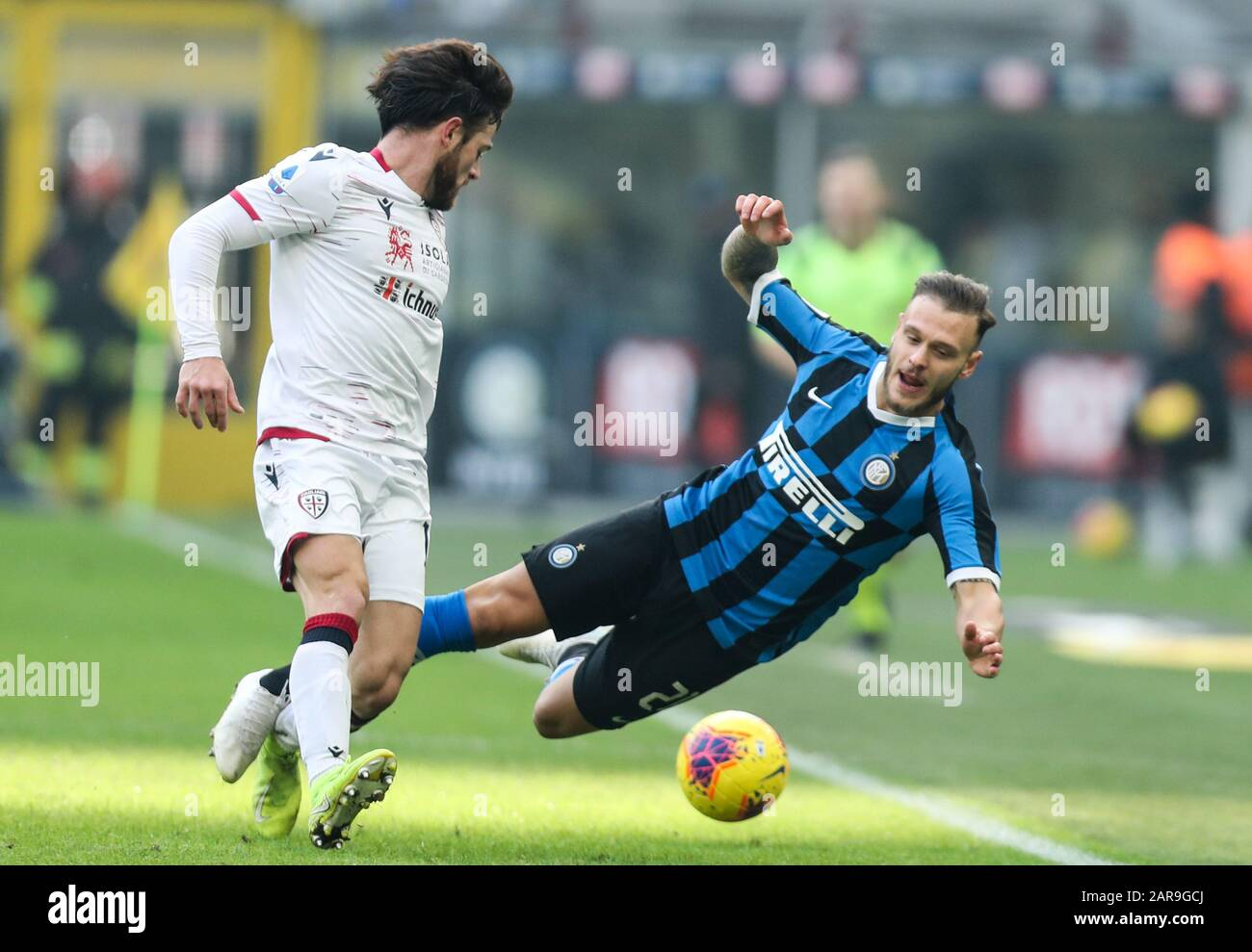 Milan, Italy. 26th Jan, 2020. FC Inter's Federico Dimarco (R) vies with  Cagliari's Nahitan Nandez during a Serie A soccer match between FC Inter  and Cagliari in Milan, Italy, Jan. 26, 2020.