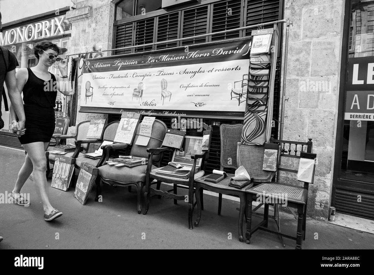 Tapissier Paris 20 tapissier stock photos & tapissier stock images - alamy