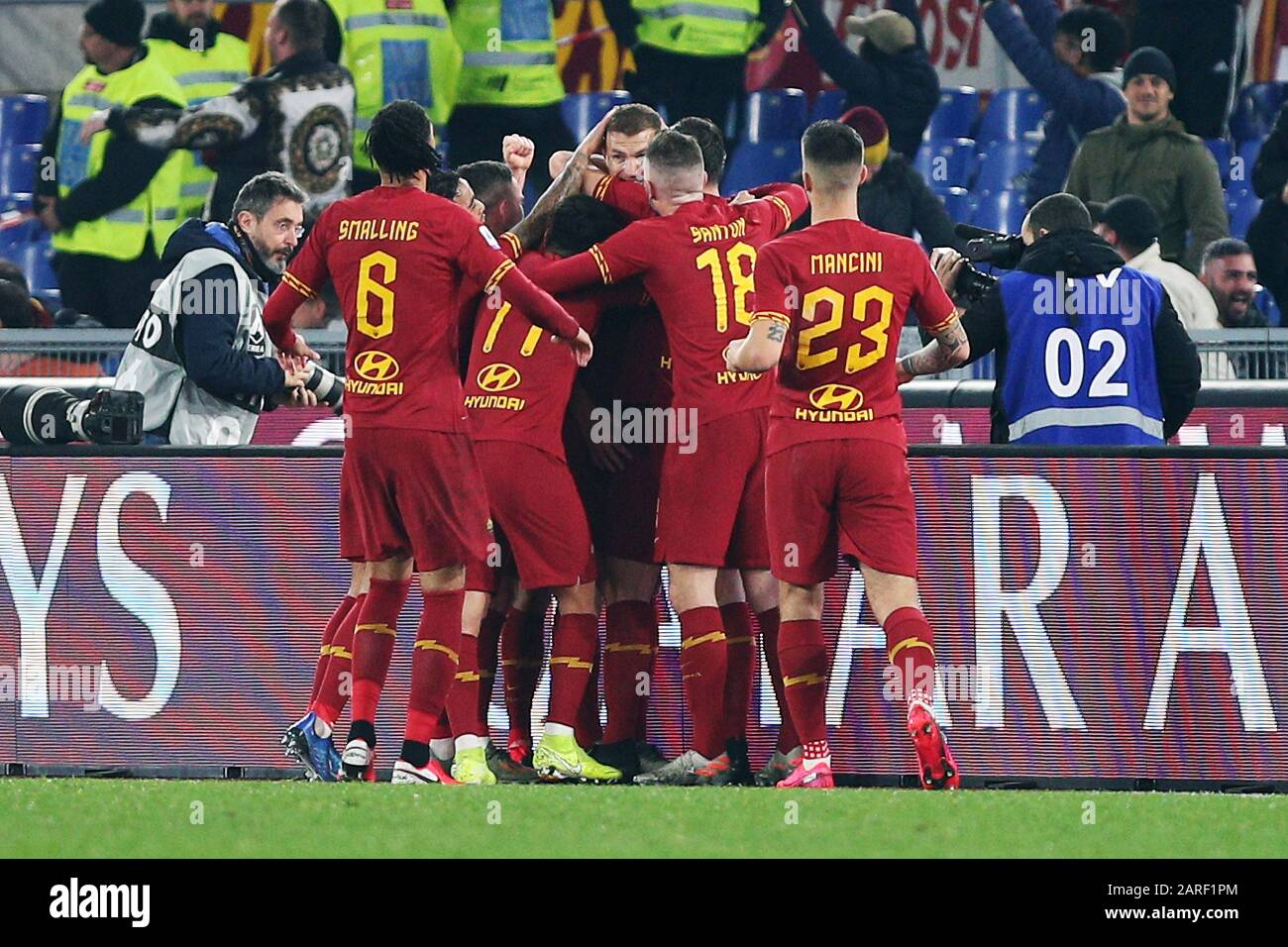 Edin Dzeko of Roma celebrates with his teammates after scring 1-0 goal during the Italian championship Serie A football match between AS Roma and SS Lazio on January 26, 2020 at Stadio Olimpico in Rome, Italy - Photo Federico Proietti/ESPA-Images Stock Photo