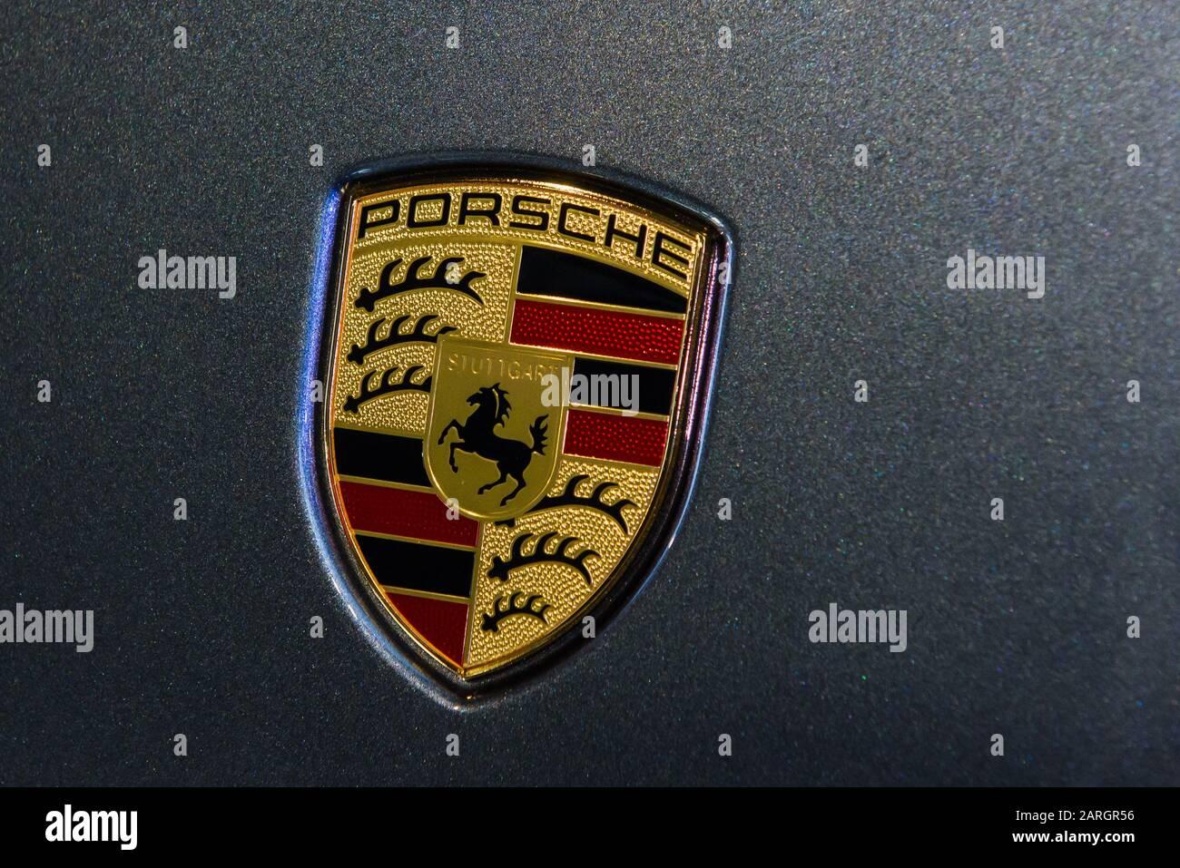 Porsche Company Logo On Porsche Car High Resolution Stock Photography And Images Alamy