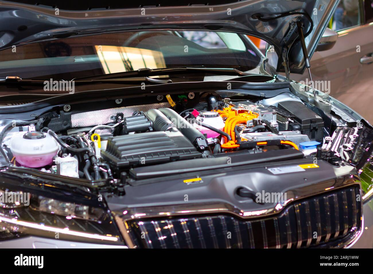 Under The Hood Of Plug In Hybrid Skoda Superb Iv Detail Of Electric Car Engine Prague Czechia November 2019 Stock Photo Alamy