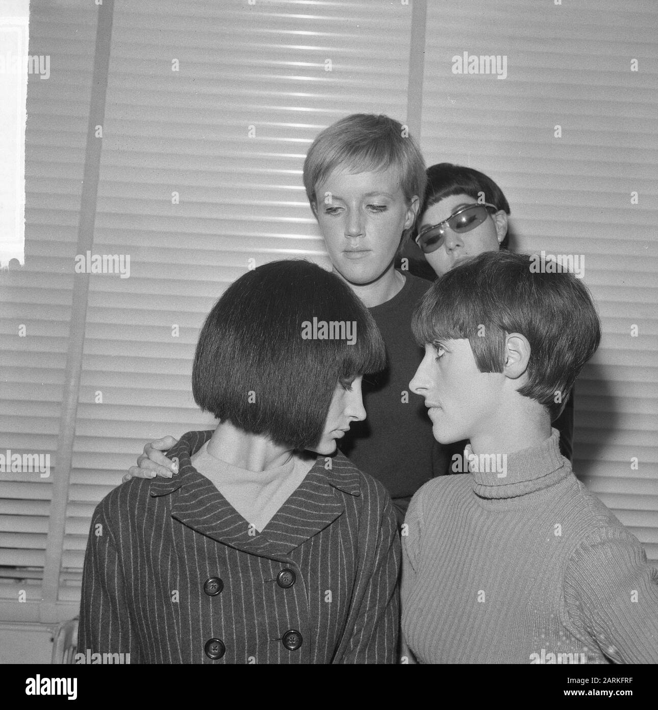 Free Hair Style At Hairdresser Mario Date September 3 1965 Keywords Hairdressers Stock Photo Alamy