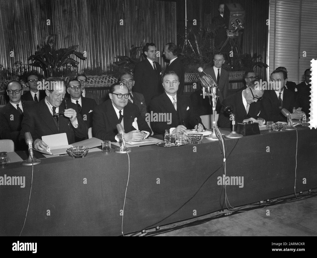 Round Table Conference In Brussels Congo Date 20 January 1960 Location Brussels Institution Name Round Table Conference Stock Photo Alamy