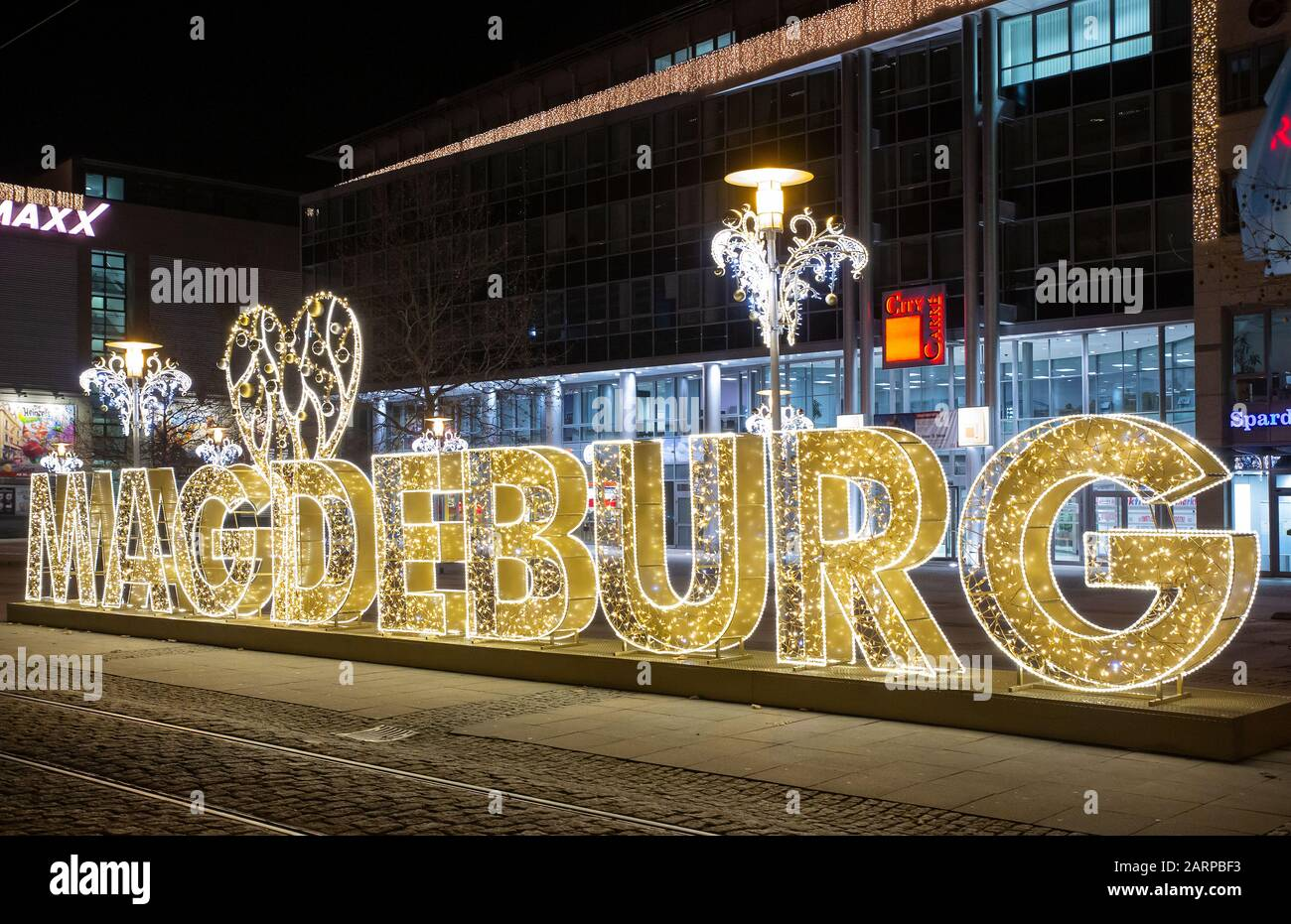 For the first time this winter, Magdeburg is transformed into a brilliant world of lights. Millions of lights glitter on the streets Stock Photo