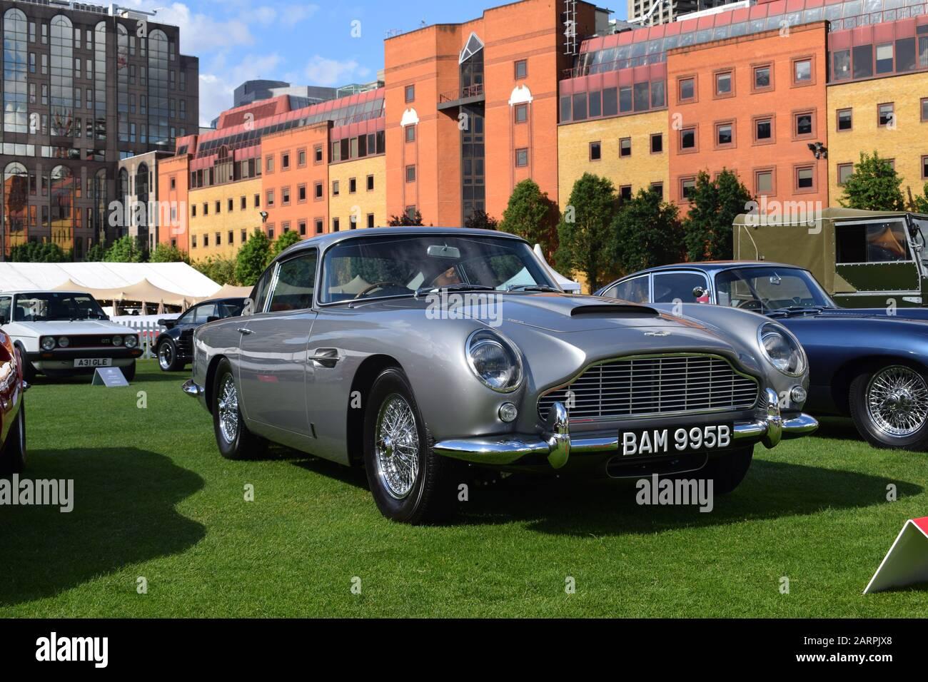 Aston Martin Db5 In Silver Birch Stock Photo Alamy