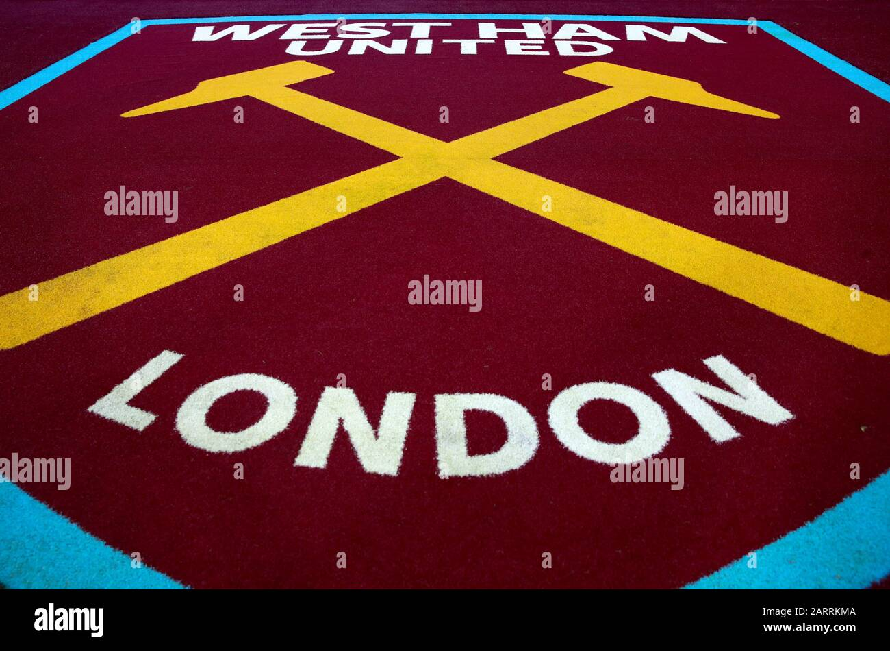 West Ham Logo High Resolution Stock Photography And Images Alamy