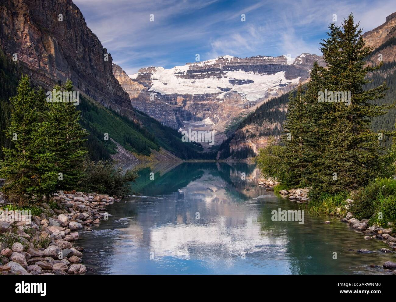 Lake Louise and The Victoria Glacier, Lake Louise, Banff National Park, Canadian Rockies, Canada Stock Photo