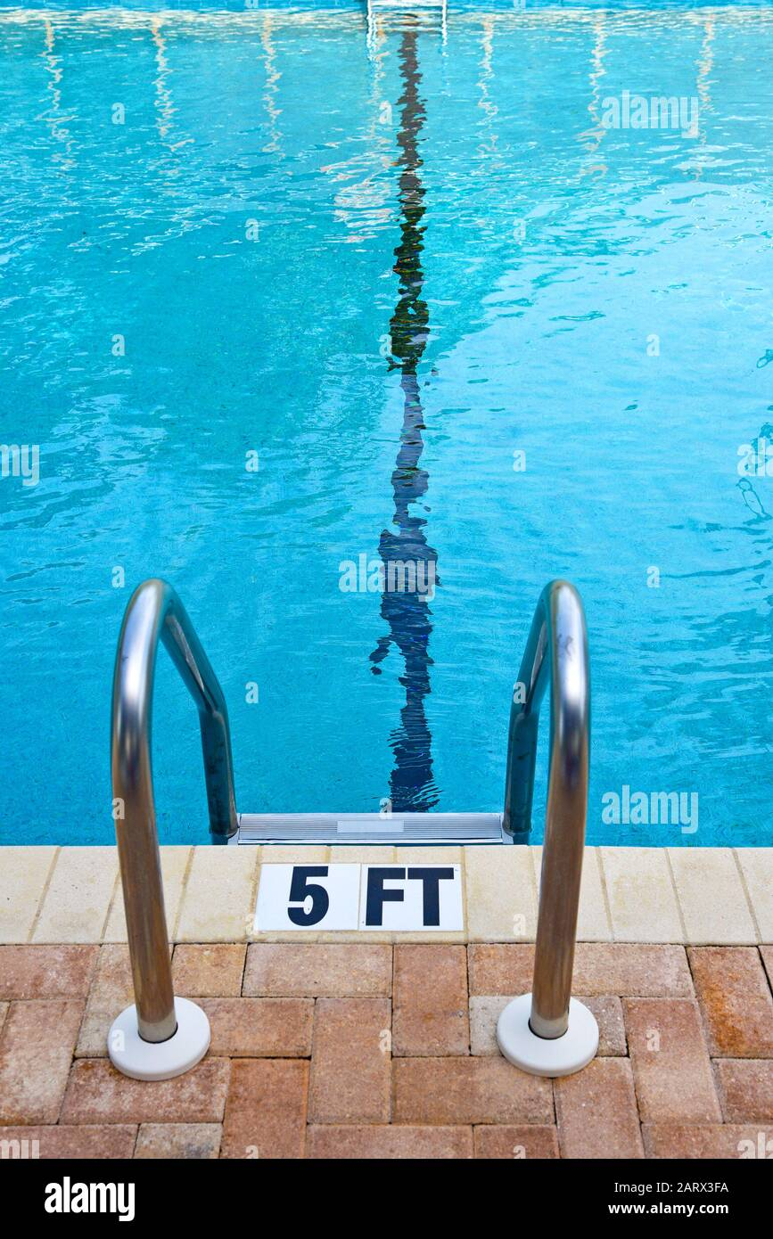 Swimming Pool Depth High Resolution Stock Photography And Images Alamy