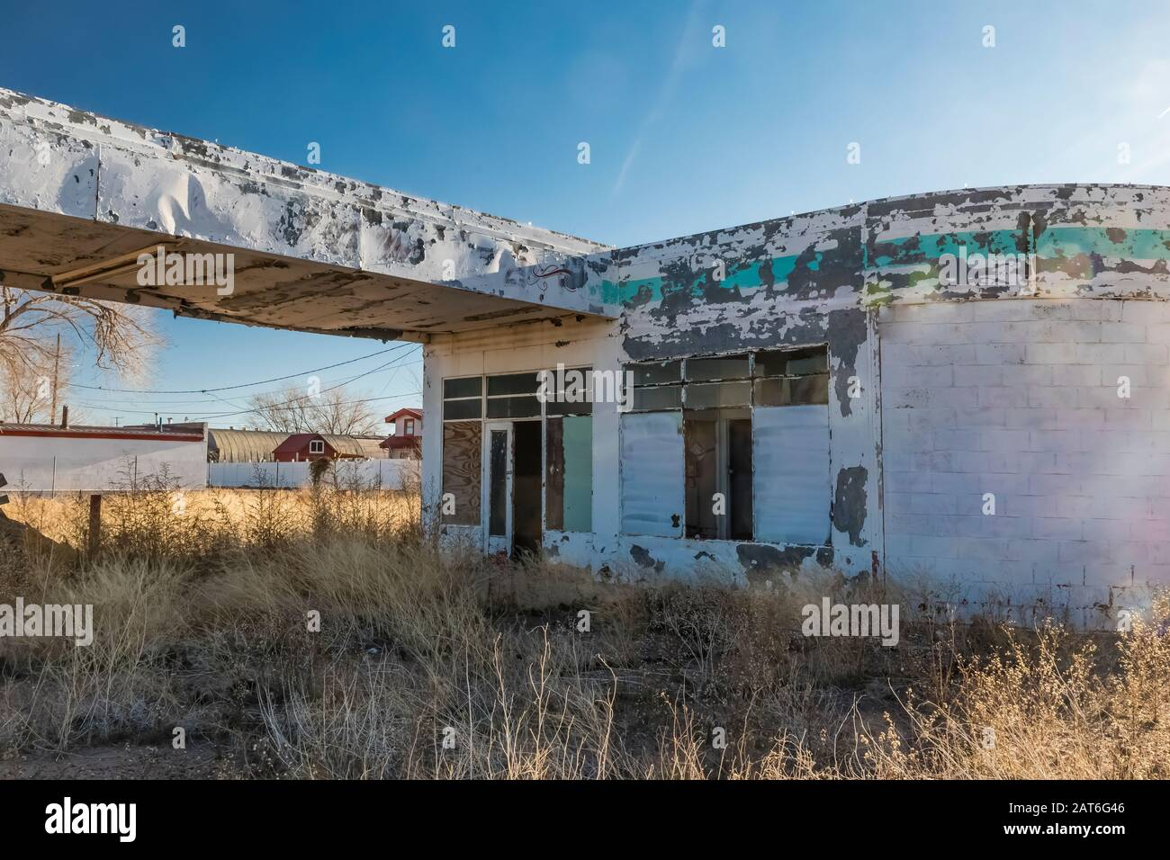 Abandoned Gas Station Along Historic Route 66 In Holbrook Arizona Usa No Property Release Available For Editorial Licensing Only Stock Photo Alamy