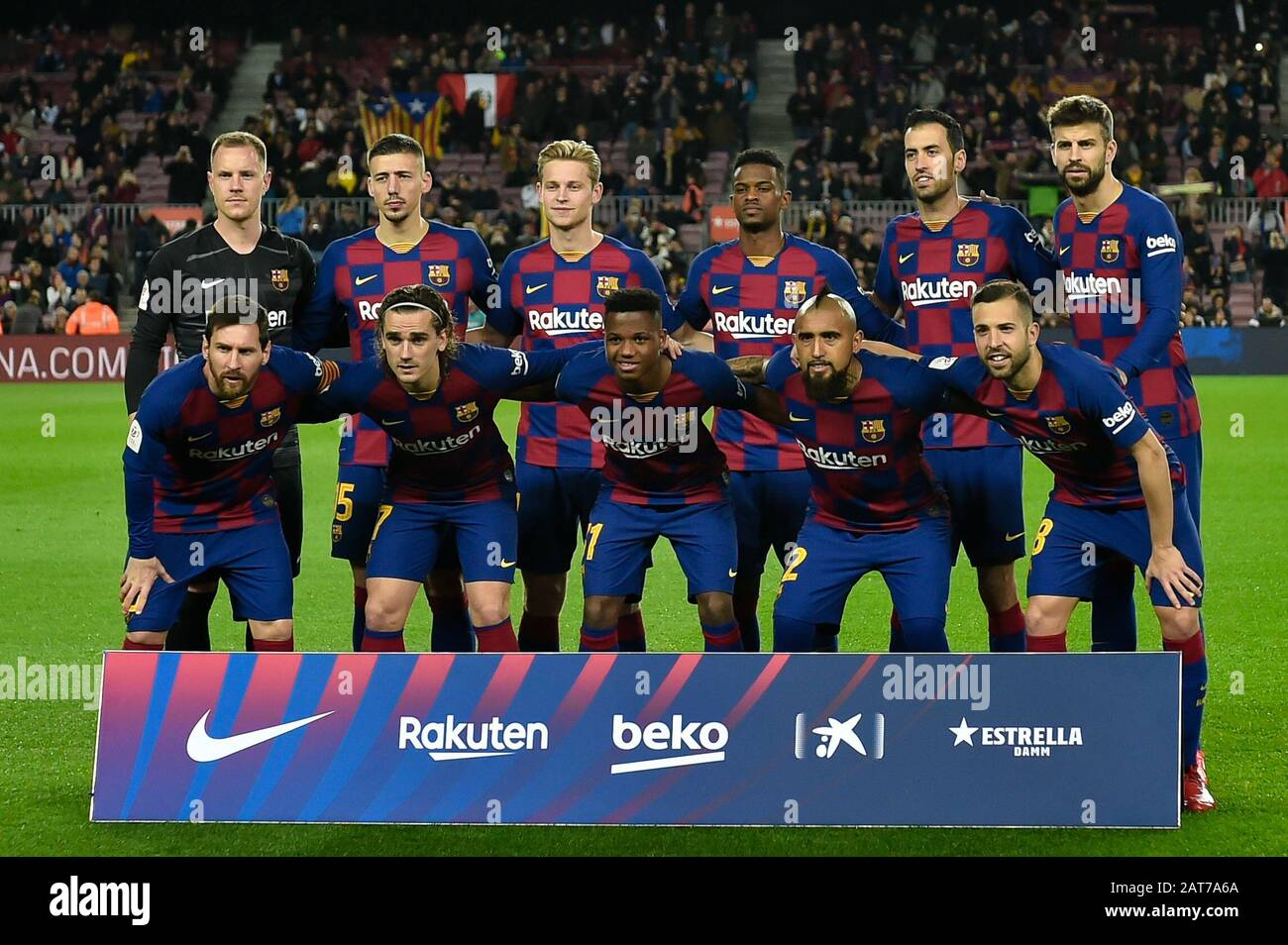 barcelona spain january 30 the fc barcelona team line up for a photo prior to kick https www alamy com barcelona spain january 30the fc barcelona team line up for a photo prior to kick offduring the spanish copa del rey round of 16 match between fc barcelona and sd leganes at camp nou on january 30 2020 in barcelona spain photo by daxespa images image341910418 html