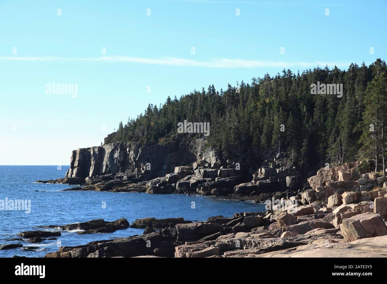 Otter Cliff, Atlantic Coastline, Acadia National Park, Mount Desert Island, Maine, New England, USA Stock Photo