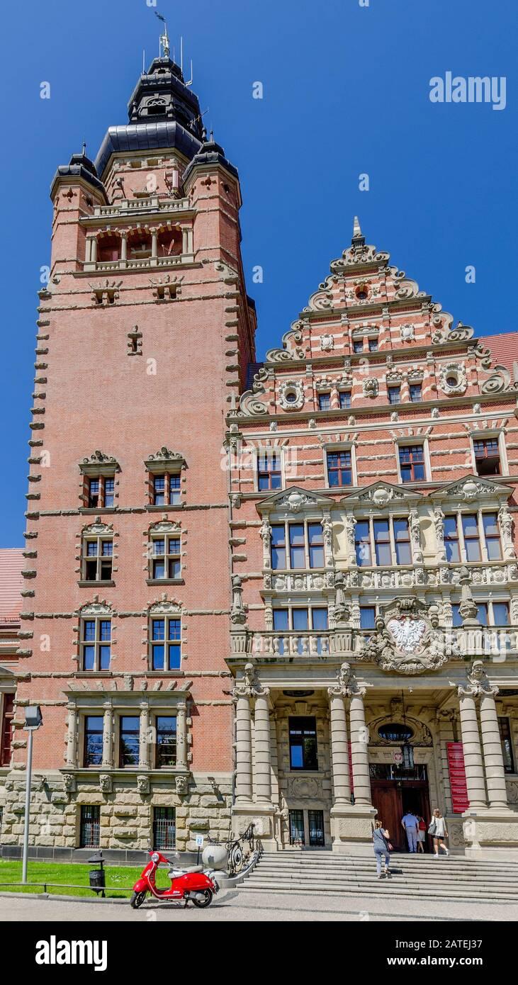 Szczecin, West Pomeranian Province, Poland. Voivodeship administration office building. Stock Photo